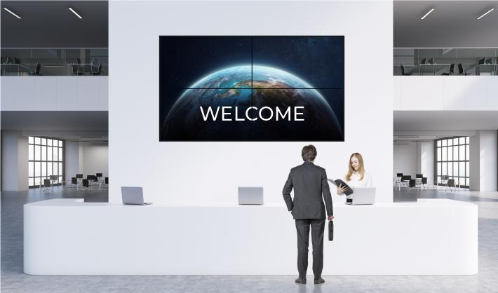 Modern reception with 4x4 digital screens